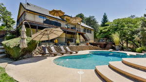 19213 Pinnacle Ct, Redding, CA 96003