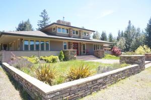 A Frank Lloyd Wright Prairie Home