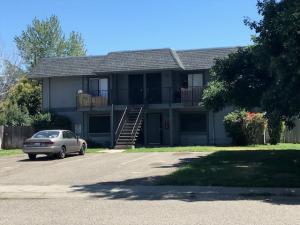 65 Mina Ave, Red Bluff, CA 96080