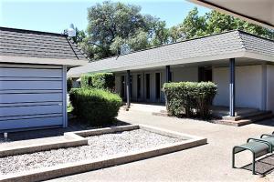 3330 Churn Creek Rd., Suite D4, Redding, CA 96002