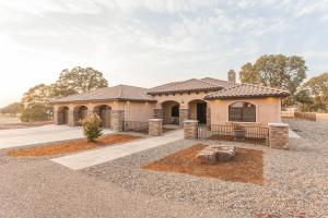 19075 Emerald Downs Ln, Cottonwood, CA 96022