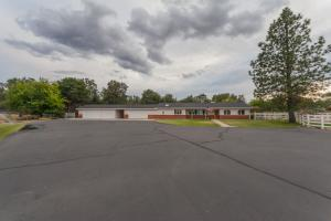 16103 Willow Springs Rd, Anderson, CA 96007