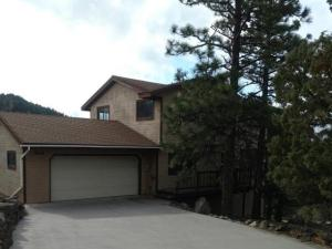 5111 Hill Dr, Weed, CA 96094