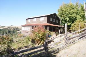 630 & 575 Burgess Ranch Rd, Kettenpom/Zenia, CA 95595