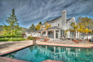 15697 MIDDLETOWN PARK Dr, Redding, CA 96001