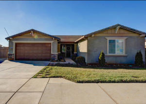 3838 Palm Springs Dr, Redding, CA 96002