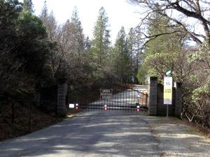 2.6 acres Red Cliff Way, Lakehead, CA 96051