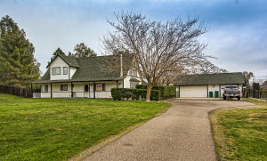 3379 Majestic Oak Cir, Cottonwood, CA 96022