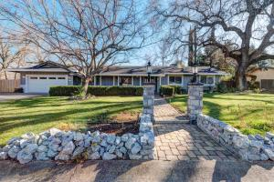 6953 Tucker Ln, Redding, CA 96002
