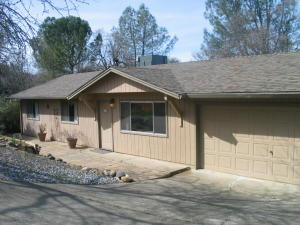 3882 Patterson Ct, Redding, CA 96003