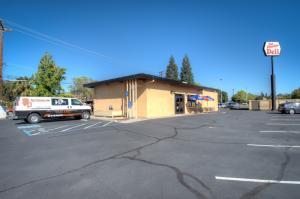 2395 Athens Ave, Redding, CA 96001