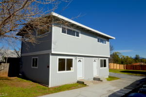 965 West St, Redding, CA 96001