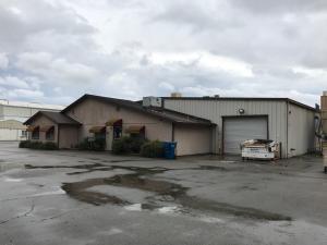 4633 Mountain Lakes Blvd, Redding, CA 96003