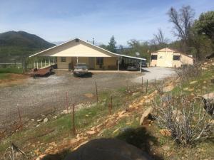 29550 Green Mountain Rd, Round Mountain, Ca 96084