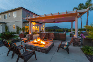 376 Stinson Loop, Redding, CA 96003