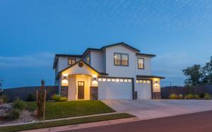 376 Stinson Loop, Redding, CA 96003