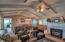 Ranch Hm w/ Dining Area / Living Rm
