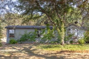 17000 Benson Rd, Cottonwood, CA 96022