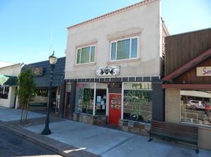 317 N Mt Shasta Blvd, Mt Shasta, CA 96067
