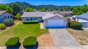 2200 Wisconsin Ave, Redding, CA 96001