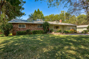 17618 China Gulch Dr, Anderson, CA 96007
