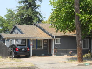 1435 Monroe St A & B, Red Bluff, CA 96080