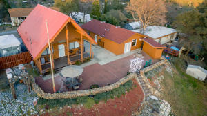 22167 Loop Dr, Redding, CA 96003