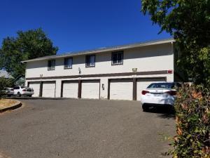 2173 California St, Redding, CA 96001