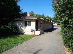 1524-1526 Chestnut, Redding, CA 96001