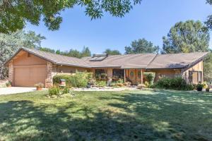 16168 Montgomery Ranch Rd, Redding, CA 96001