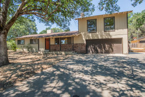 19343 McCann Rd, Cottonwood, CA 96022
