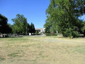 825 Parkview Ave, Redding, CA 96001