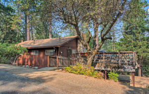 7362 Juniper Dr, 8, Redding, CA 96003
