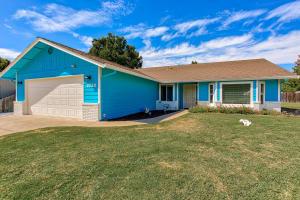 2720 Limestone Ct, Anderson, CA 96007