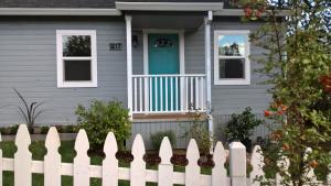 1217 Washington Ave, Shasta Lake, CA 96019