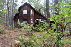 25704 Night Hawk Lane, Lakehead, CA 96051