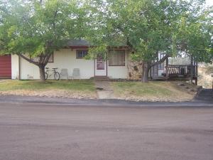 19923 Cottonwood Dr, Cottonwood, CA 96022