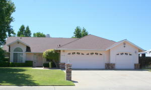 11550 Amir Ct, Redding, CA 96003