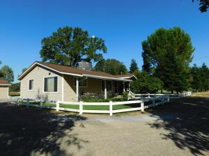 19270 Eighmy Rd, Cottonwood, CA 96022