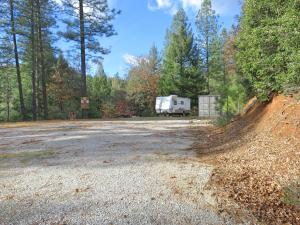 21 acres Gilman Road, Lakehead, CA 96051