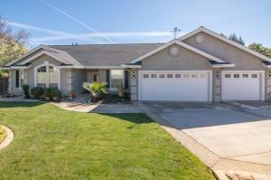 4135 Boston Ave, Redding, CA 96001