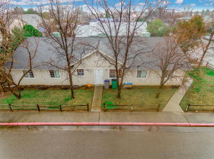 2810 East St, Anderson, CA 96007