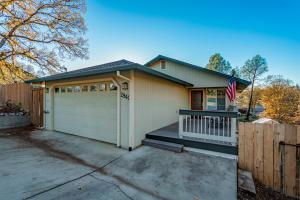 2940 Virginia Ave, Shasta Lake, CA 96019
