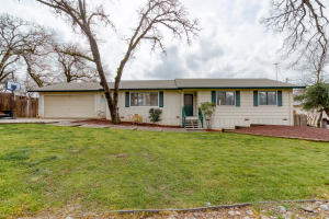 21925 Boyle Rd, Palo Cedro, CA 96073