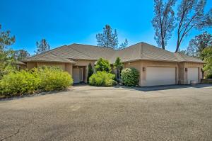 16731 Texas Springs Rd, Redding, CA 96001