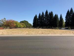 603 Armando Ave, Redding, CA 96003