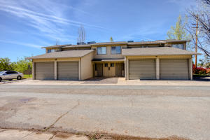 734 Lake Blvd, Redding, CA 96003