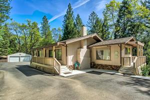 19626 Roaring Brook Way, LAKEHEAD, CA 96051