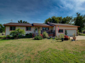19775 Draper Rd, Cottonwood, CA 96022