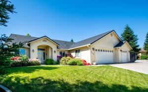 4146 Trinity St, Shasta Lake, CA 96019